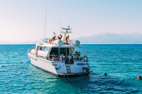 Daily cruises to Chrissi Island and Koufonisi