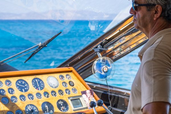 Exceptional daily yacht trips to Chrissi Island